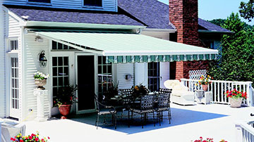 Retractable Deck u0026 Patio Awnings & Retractable Awnings u0026 Canopies in Maryland | Sunair Awnings