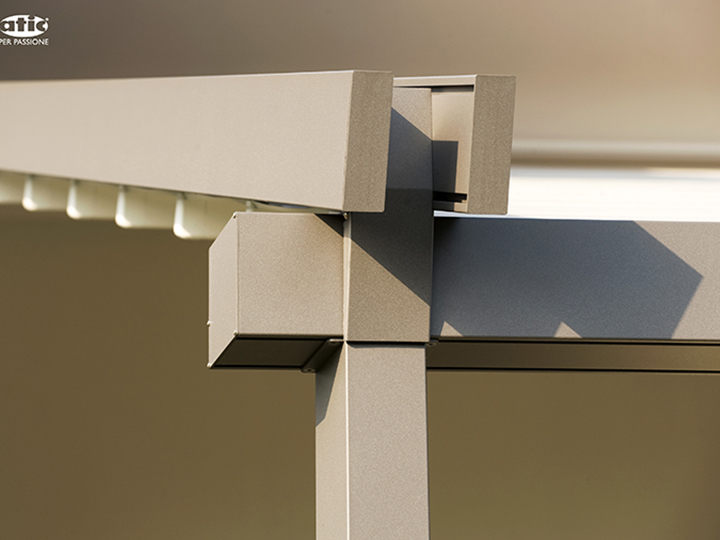 An interlocking set for pergola awnings