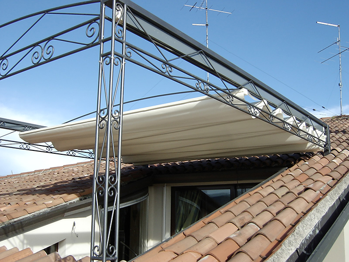 iron frame with detail for a retractable pergola