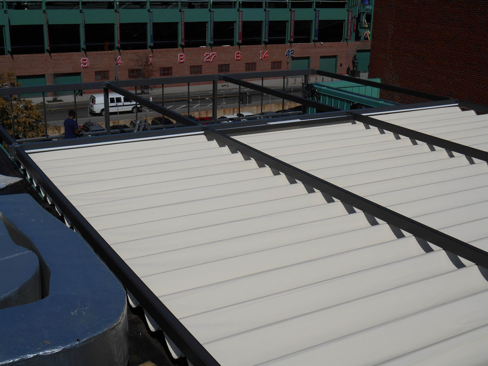 Tecnic One Flat roof fabric Pergola.JPG