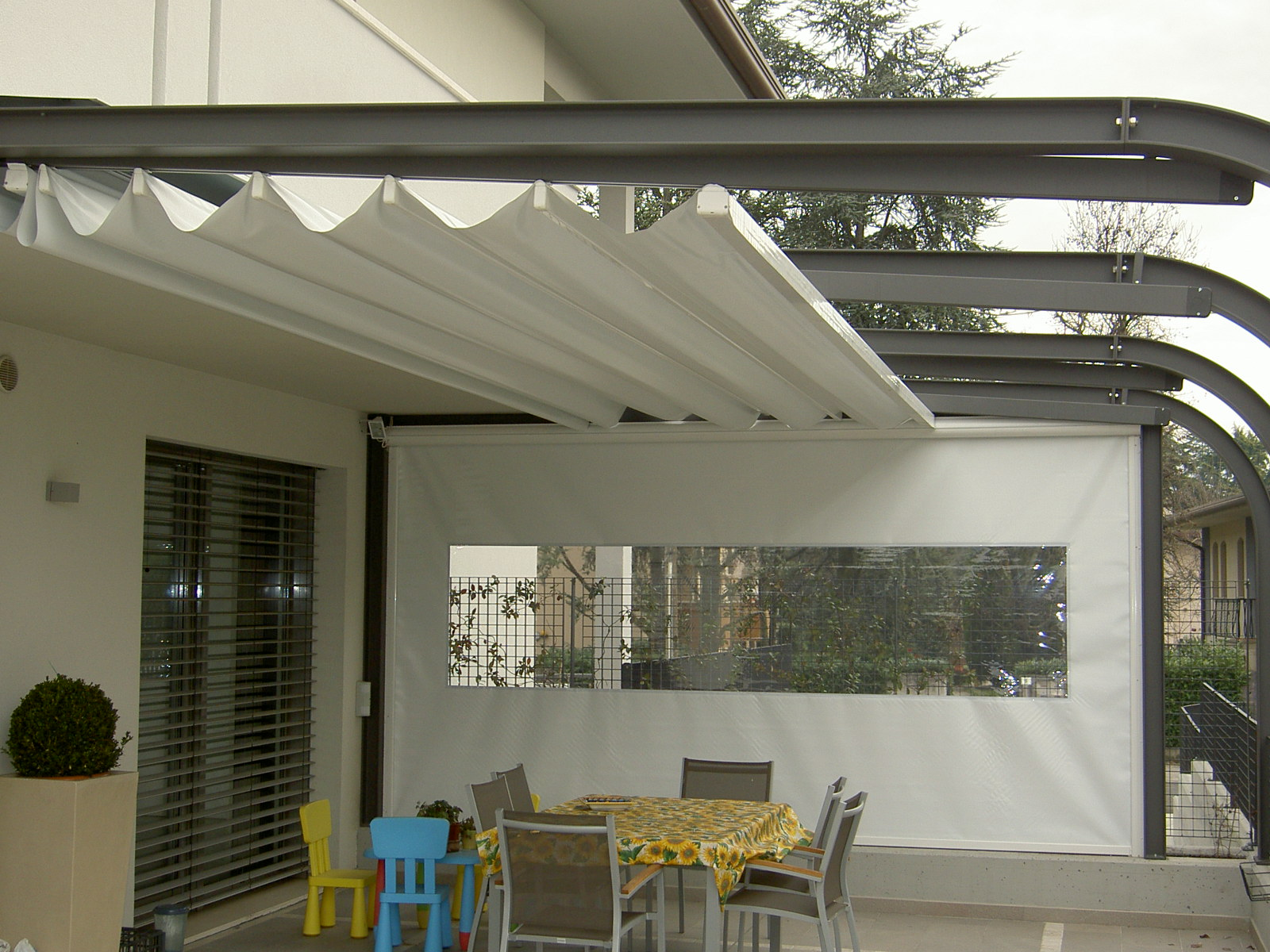 tecnic Retractabe shade fore home.JPG