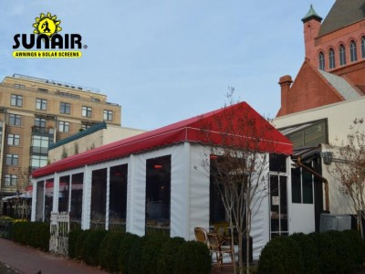 Sunair%20canopy%20for%20restaurant%20patio%20with%20roll%20down%20screens.JPG