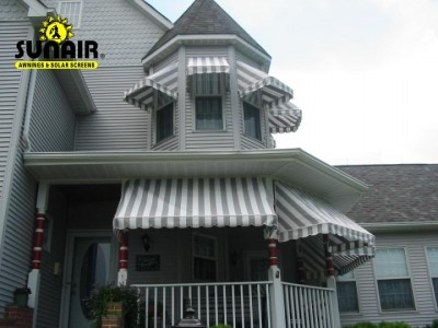 Residential%20shed%20canopies%20by%20sunair.JPG