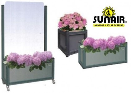Nizza%20flower%20bed%20module%20with%20wheels%20by%20Sunair.JPG