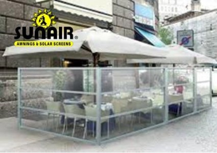 Oasis%20Glass%20walls%20on%20restaurant%20with%20Umbrella.JPG