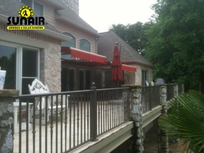retractabled%20awnings%20on%202nd%20floor%20deck%20by%20Sunair.JPG