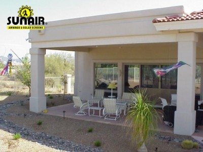 Open%20Patio%20with%20screen%20up%20by%20Sunair.JPG