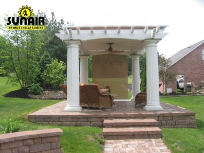 SC2500%20and%20Solharo%20on%20Pergola%20Baldwin%20pergolas.JPG