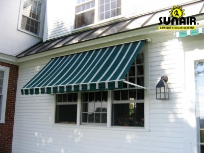 Combi%20retractable%20window%20awning.JPG