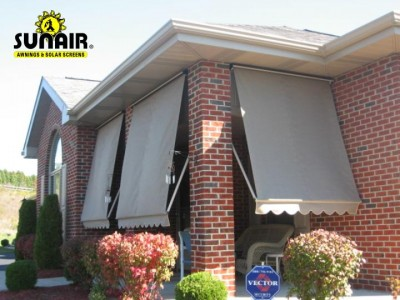 Combi%20window%20awning%20lowered%20fully.JPG