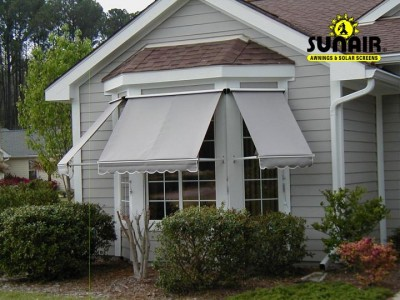 Combi%20window%20awnings%20from%20Sunair.JPG