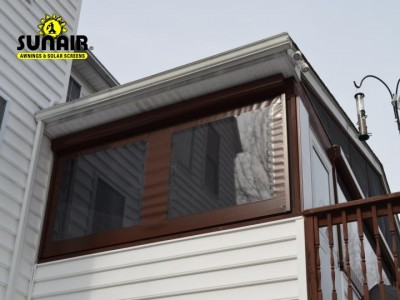 Zipper%20screens%20by%20sunair%20on%20residence%20porch%20%282%29.JPG