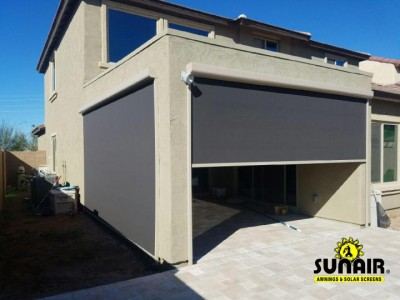 Sunair%20zip%20screen%20on%20open%20porch.JPG